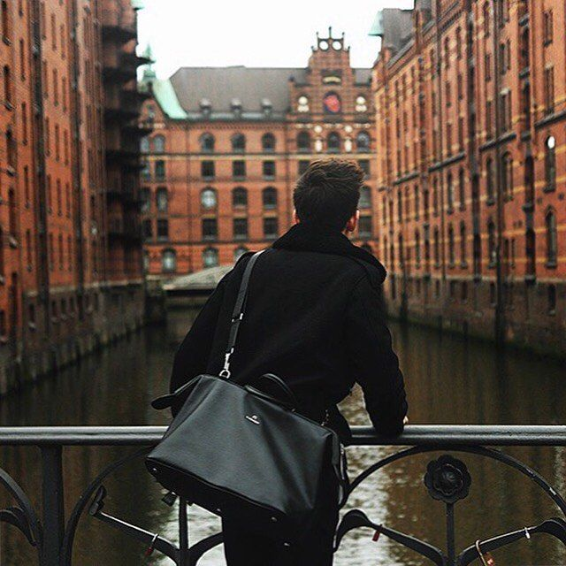 Yay. Finally I'm back in the game. So looking forward to be in one of my favorite cities again. See you next week in Hamburg? #travel #hh #meinePerle  Took this photo in Hamburg Speicherstadt. Wearing Sandro Paris and Aigner Munich