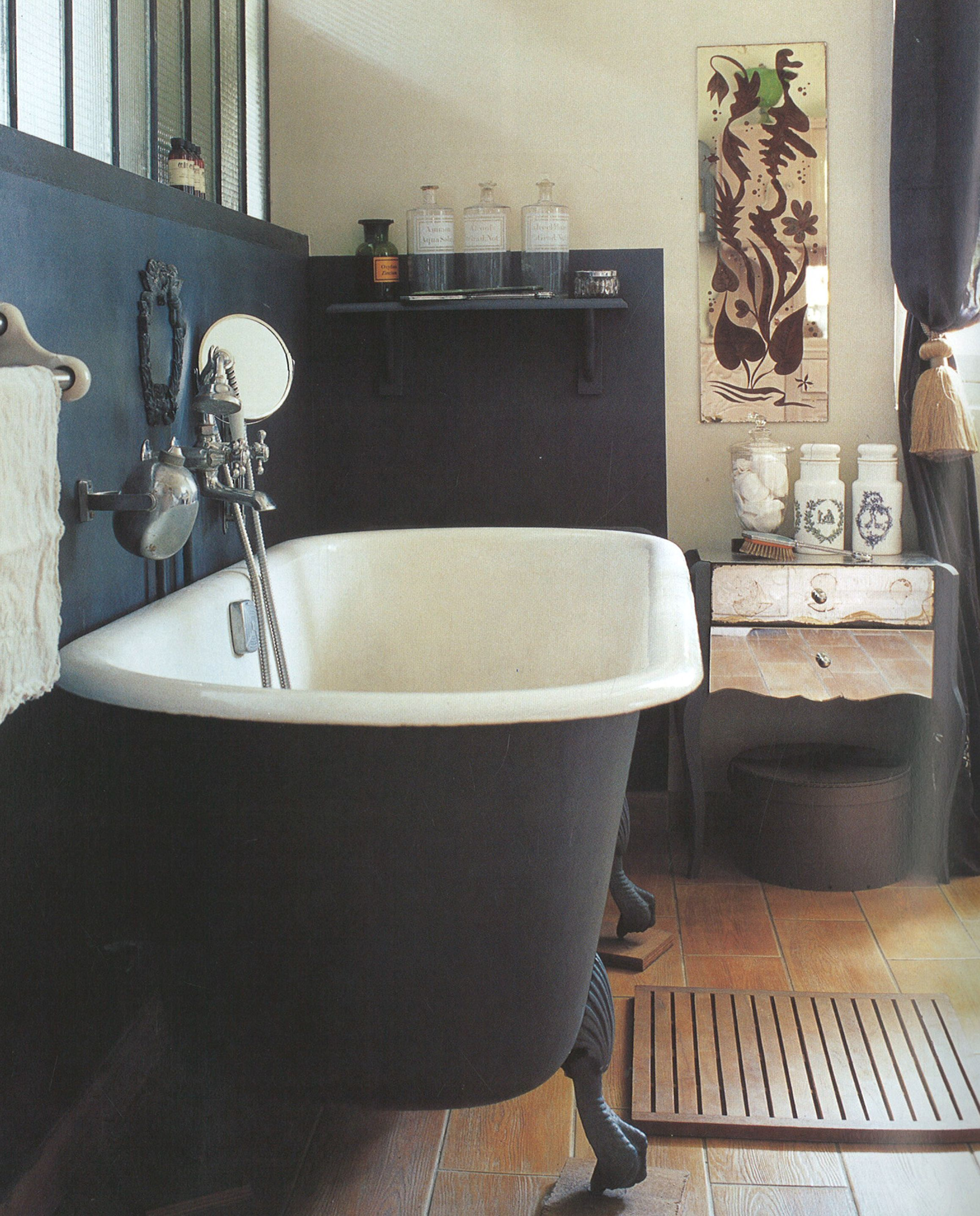 Bathroom From Easy Elegance Photo Polly Wreford With Images