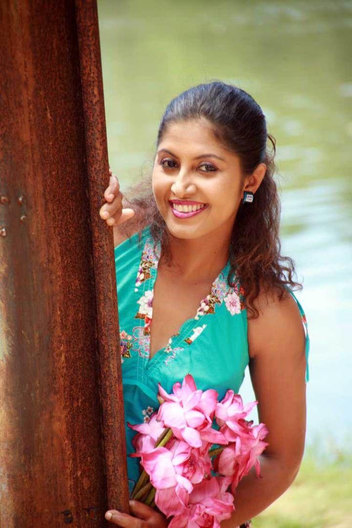 Sri Lankan Hot Actress Rekha Samanmali | Actresses, Sri lankan ...