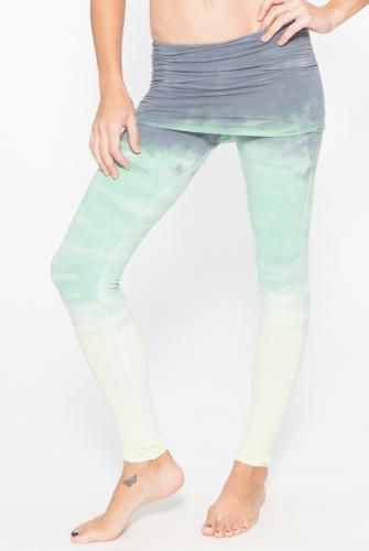 39200a3e9d Omgirl Nomad Legging in Horizon- Tie-Dye Vineyard Green.. Luv luv luv