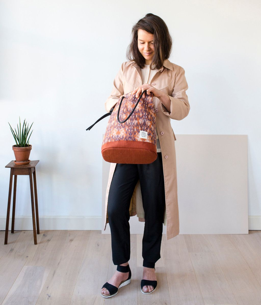 Honey Clarke Biennale Bag Nomad. Two-in-one backpack and tote. Handmade in Amsterdam