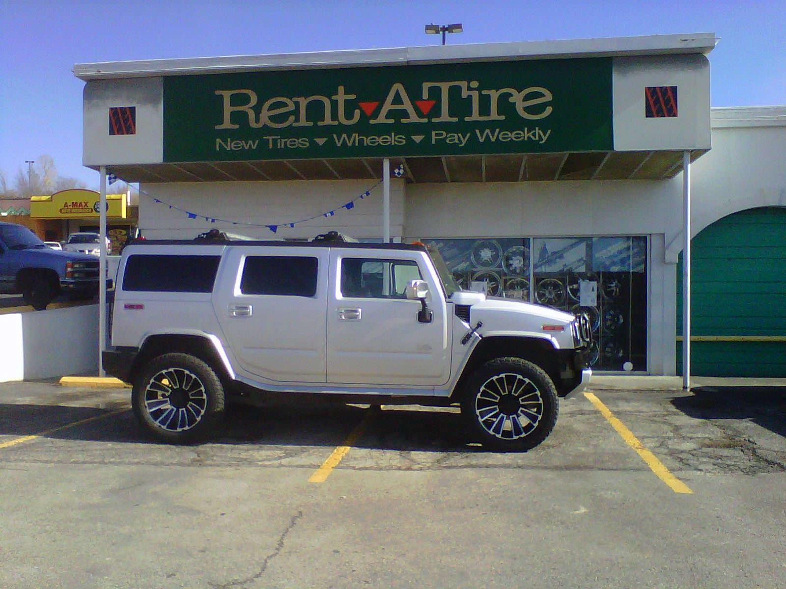 Check Out This Hummer On 22 Ion 180 Wheels With 325 50 22 Falken Wild Peaks Tires Sweet Ride New Tyres Hummer