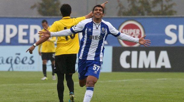 """FC Porto Noticias: """"BÊS"""" VENCEM BEIRA-MAR POR 3-2"""
