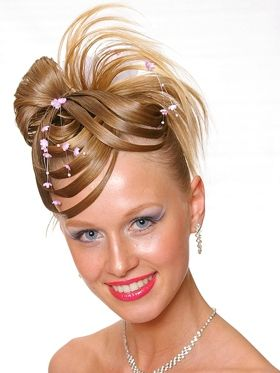 Who In Their Right Mind Would Style Hair Like This For Wedding