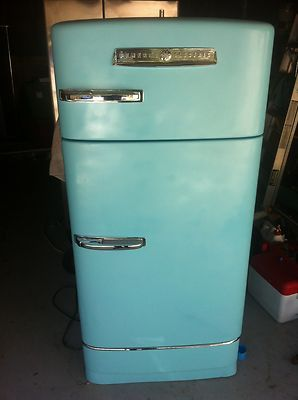 1950s Ge Vintage Fridge Can T Wait To Refurb An Old