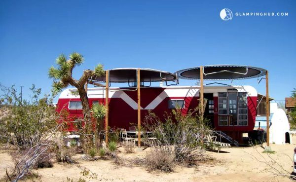 Retro Trailer Cabin With Trampoline Awning Tiny House Vacation Retro Trailer Cabin