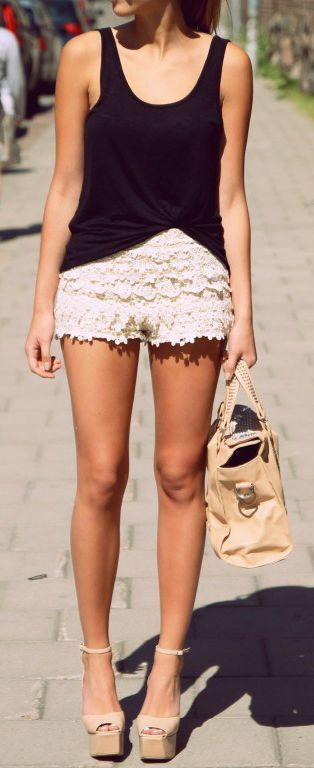 Summer look | Black cami with white lace crochet shorts