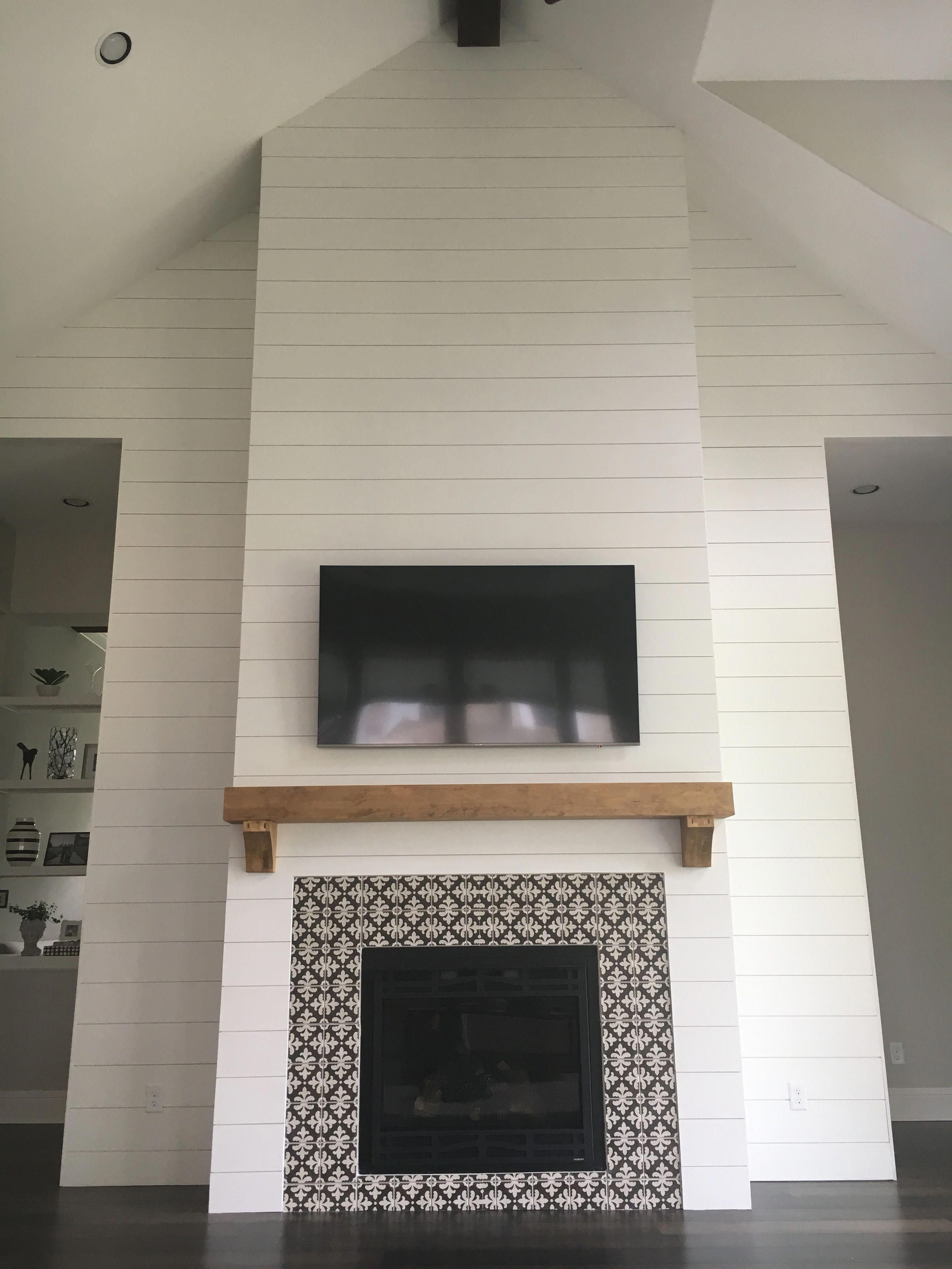 Pin By Becki Keltner On Home In 2020 Fireplace Remodel Living