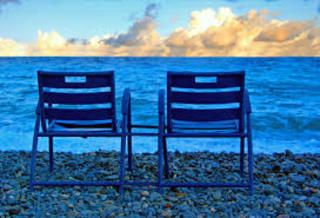 Les Chaises Bleues De La Promenade Des Anglais Chaise Bleu Plage De Nice Promenade Des Anglais