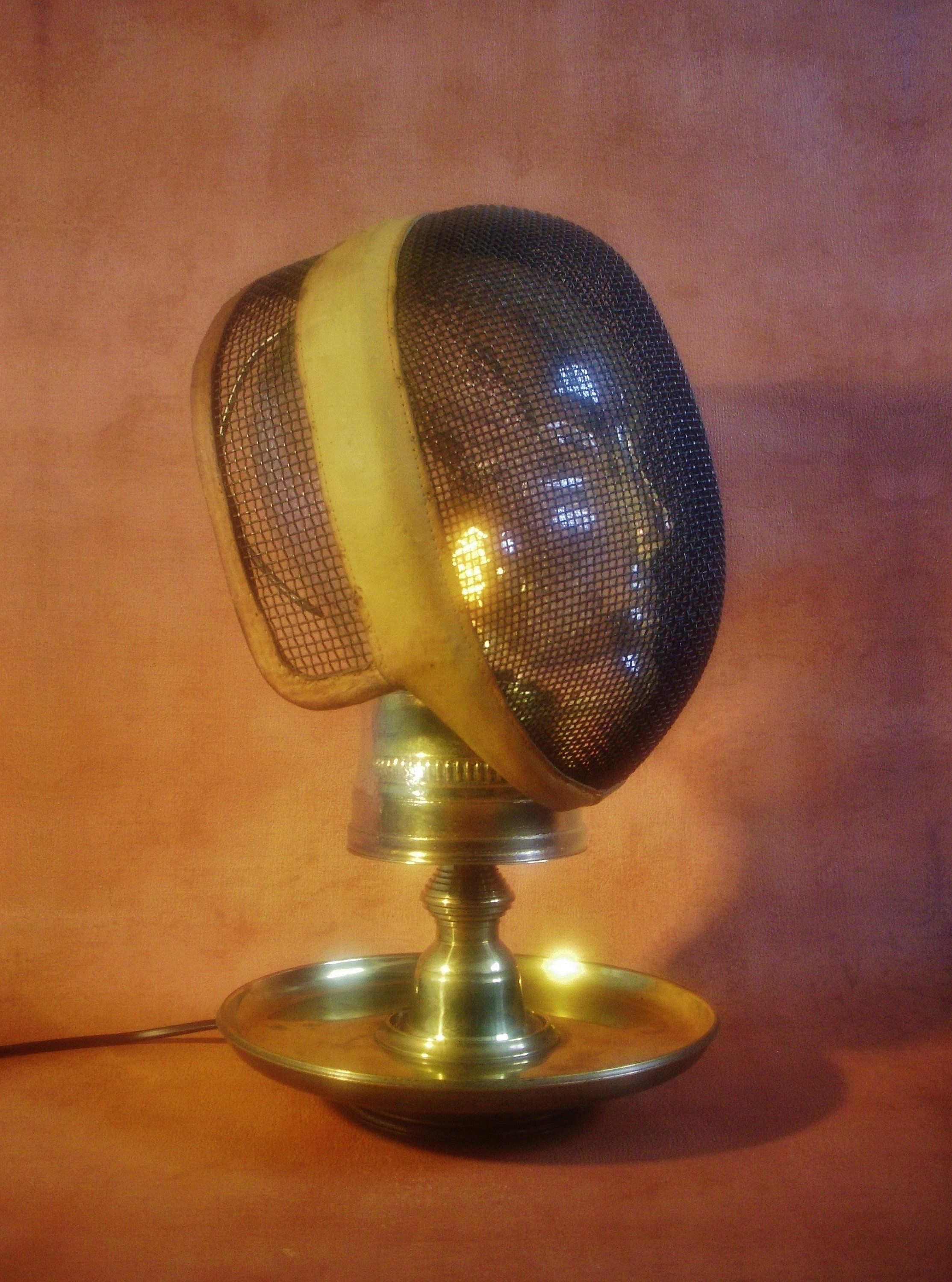 Nescio  Steampunk Glass Mannequin Head Lamp With Fencing Mask