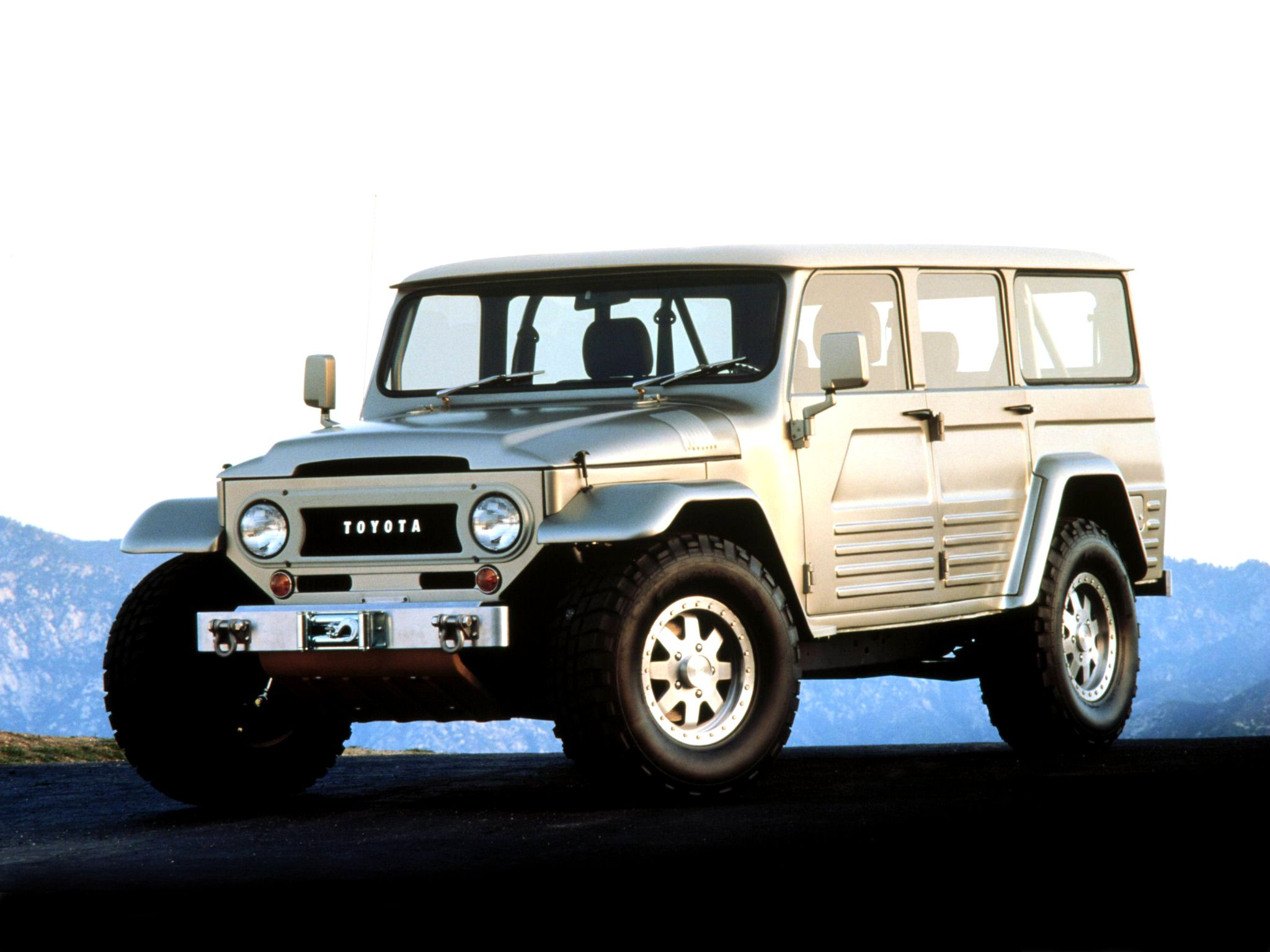 Fj45 Toyota Land Cruiser Concept 2003 Vehicles