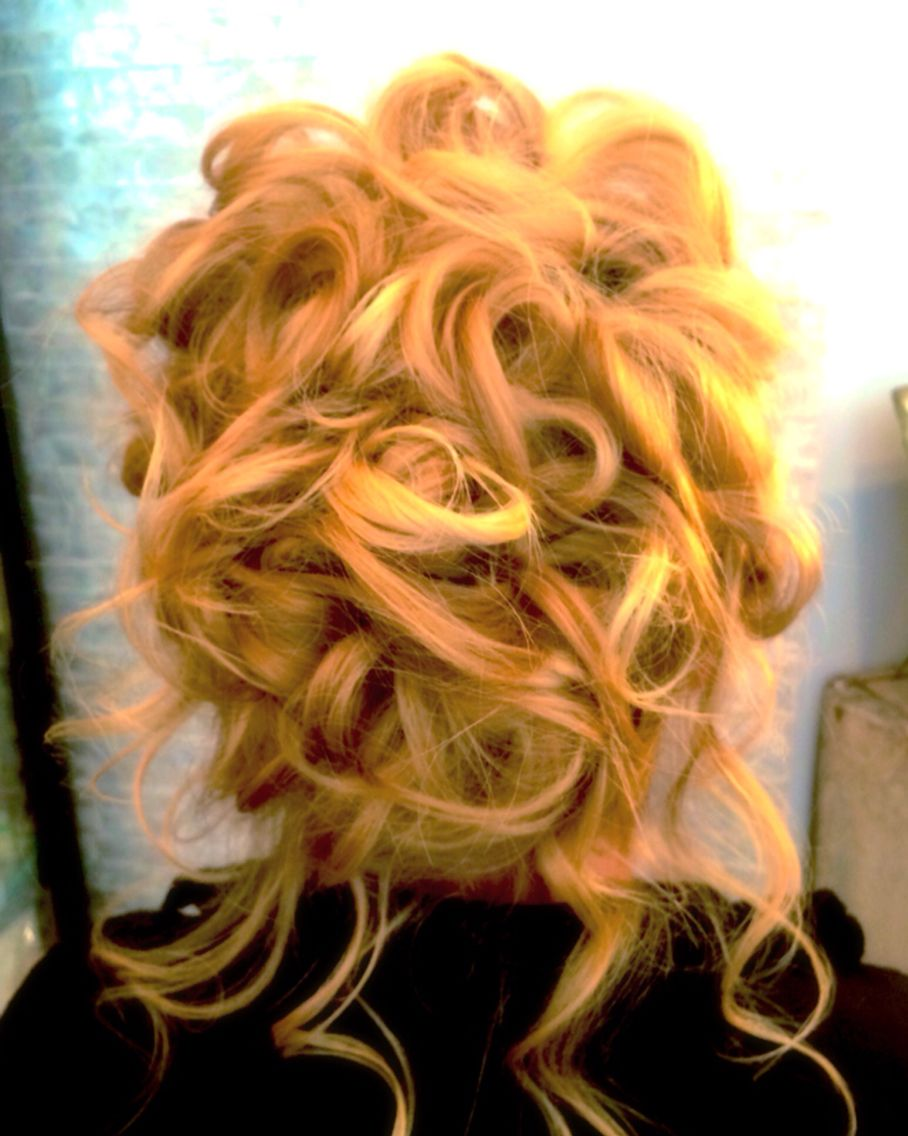 Pretty curly messy updo hairstyle hair tina tobar check out my