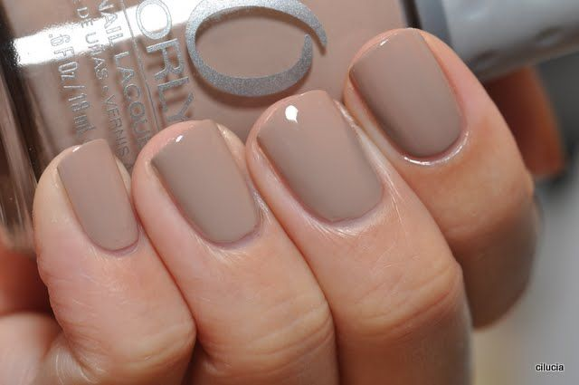 Orly Country Club Khaki Is What I Wanted Opi Tmf To Be On Me If Opi Tmf Looks Awful On You Try