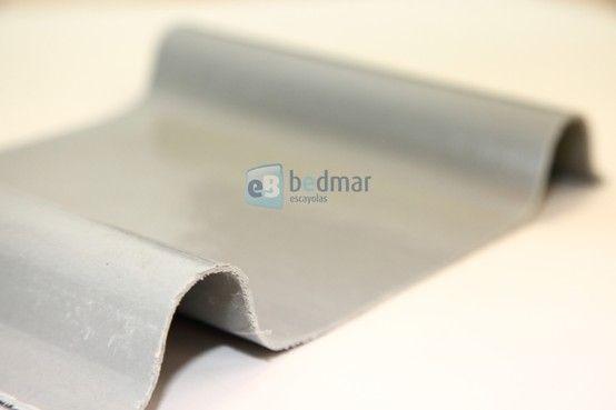 Placa grecada de poliester para ambientes corrosivos