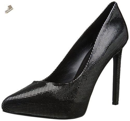 c60247512f27 Pin by Lorrane De Leon on Shoes!!!!!!!!!!!
