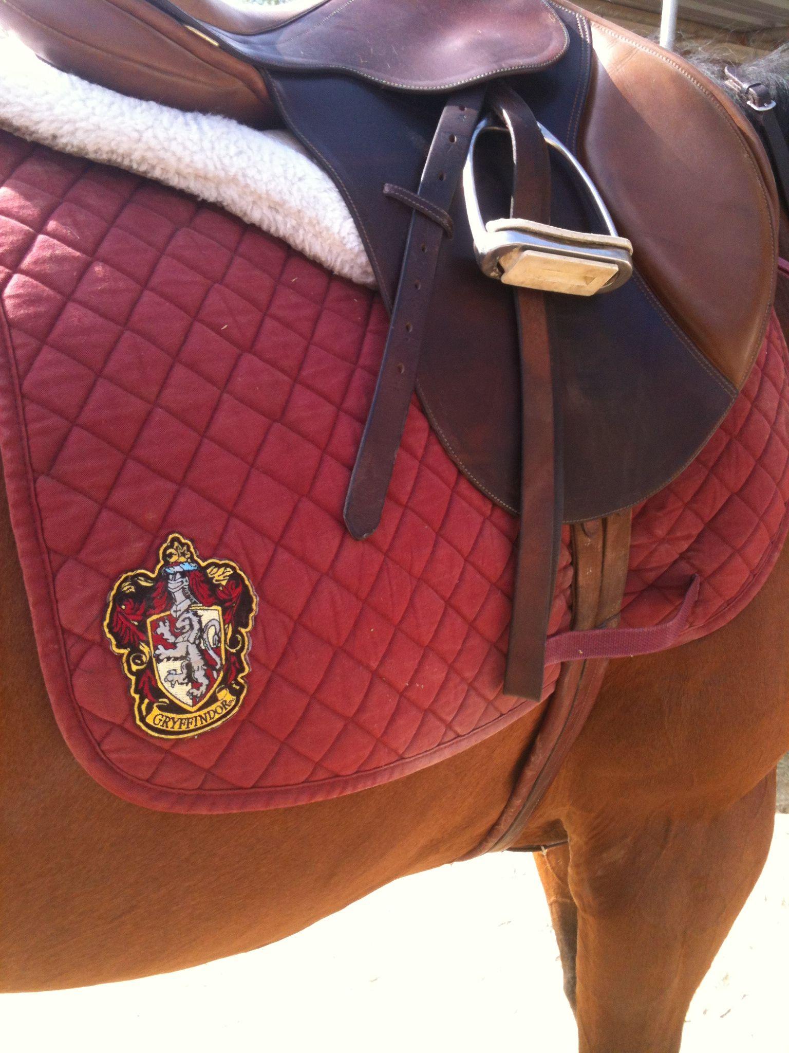 Hogwarts Saddle Pad Gryffindor Harry Potter Pinterest Horse