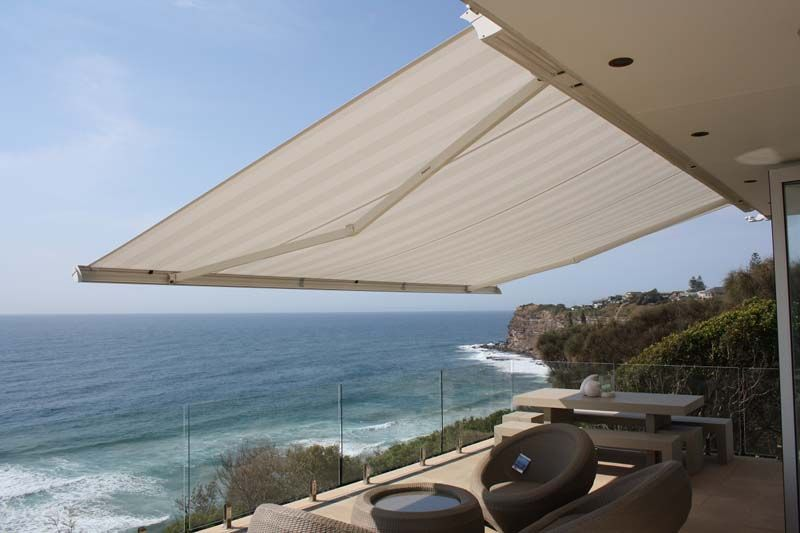 7 Ways To Maintain Your Retractable Awning Outdoor Blinds Vertical Window Blinds Blinds