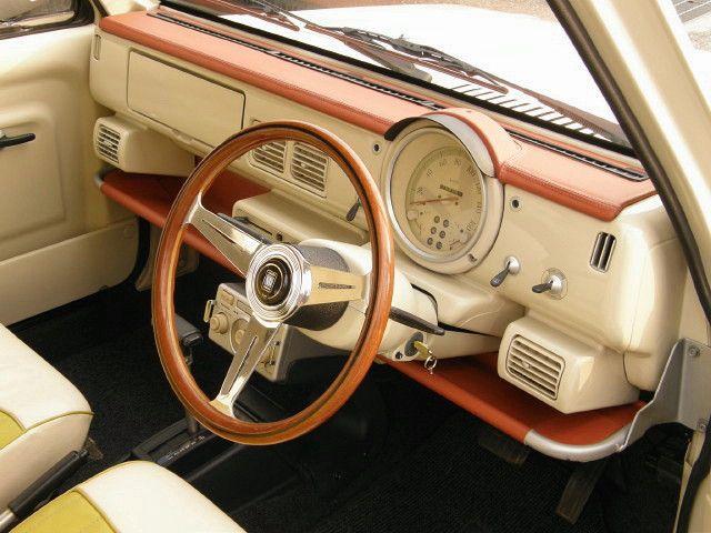 コダワリのパオ ラシーン本気の専門店 ラシーン 車 内装 レトロカー