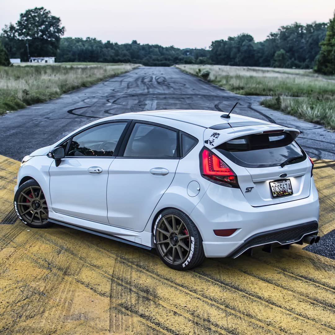 Ayyyee Its Friday Ford Fordfiesta Fordfiestast Turbo