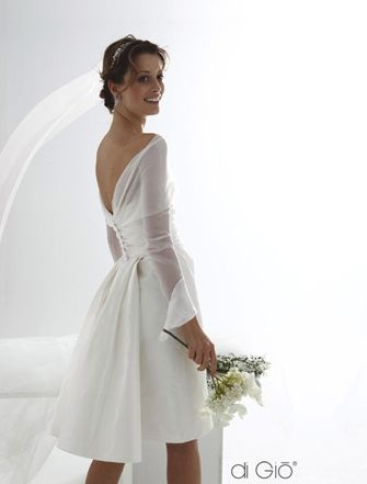 Abiti Da Sposa Finalmente I Prezzi In Chiaro Abito Da Sposa Corto Abiti Da Sposa Abito Da Sposa Semplice