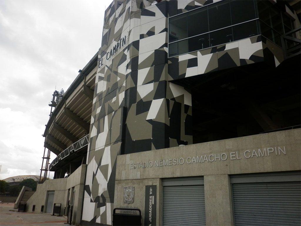 """Estadio Nemesio Camacho """"El Campín"""", entradas sobre la Avenida Ciudad De Quito (Av.30 - Cll 57). Bogotá D.C."""