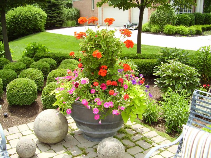 We will fill your planters full of color when you drop