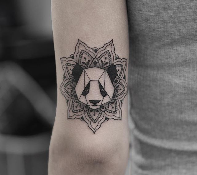 Tatuaje Panda Acuarela panda @bangbangnyc #bangbangforever #bangbangtattoo #bangbangnyc