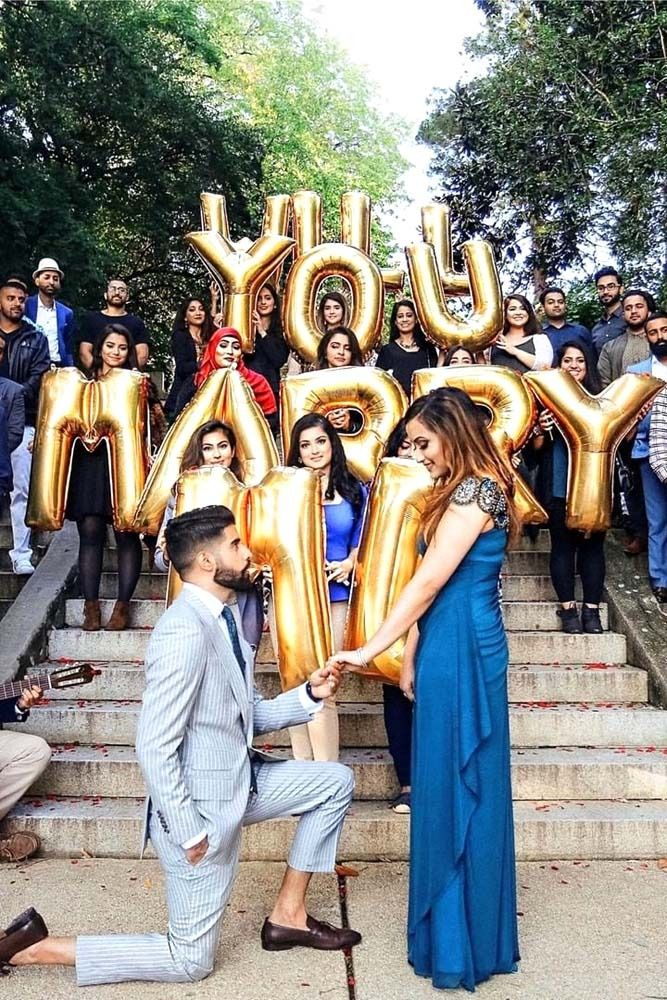 24 The Best Proposal Pictures Captured On Camera Proposals