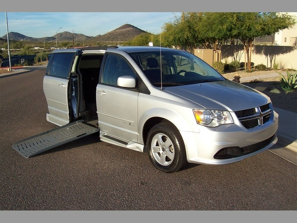 Ebay Advertisement 2012 Dodge Grand Caravan Sxt Wheelchair