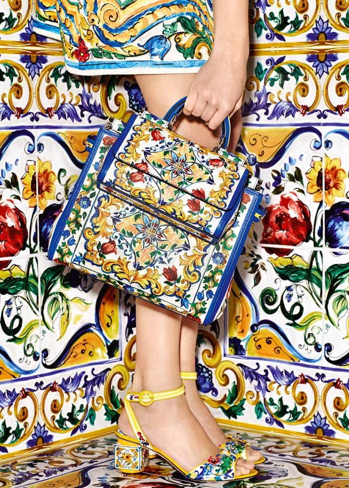 be1edf02946c Dolce-Gabbana-Majolica-Accessories-Collection-Fashion-Bags-Shoes-Trends-Tom- Lorenzo-Site (15)
