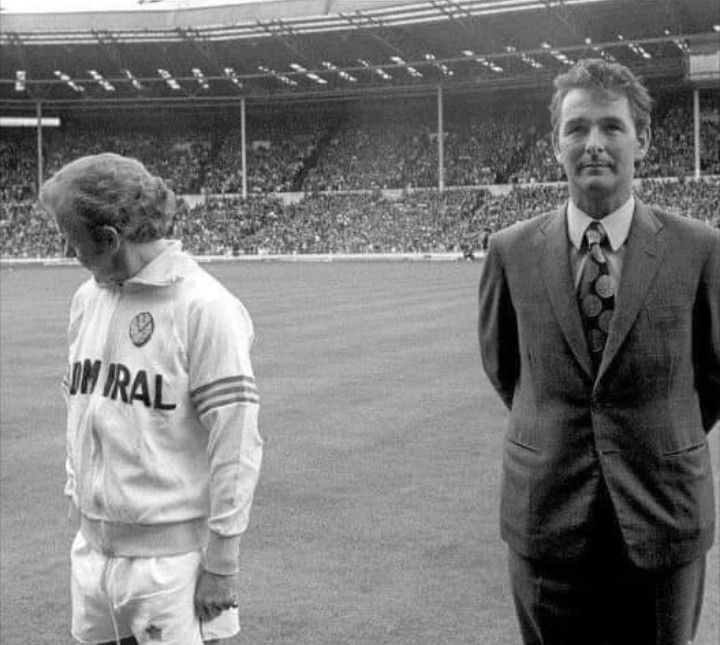 A picture says a thousand words... | Retro football ...