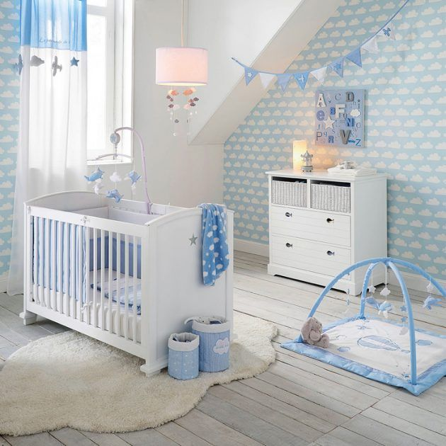 Idée déco chambre garçon bébé étoile chambre bébé blanche et bleue décoration motif nuage papier peint nuage tapis moumoutte plaid nuage ambiance chambre