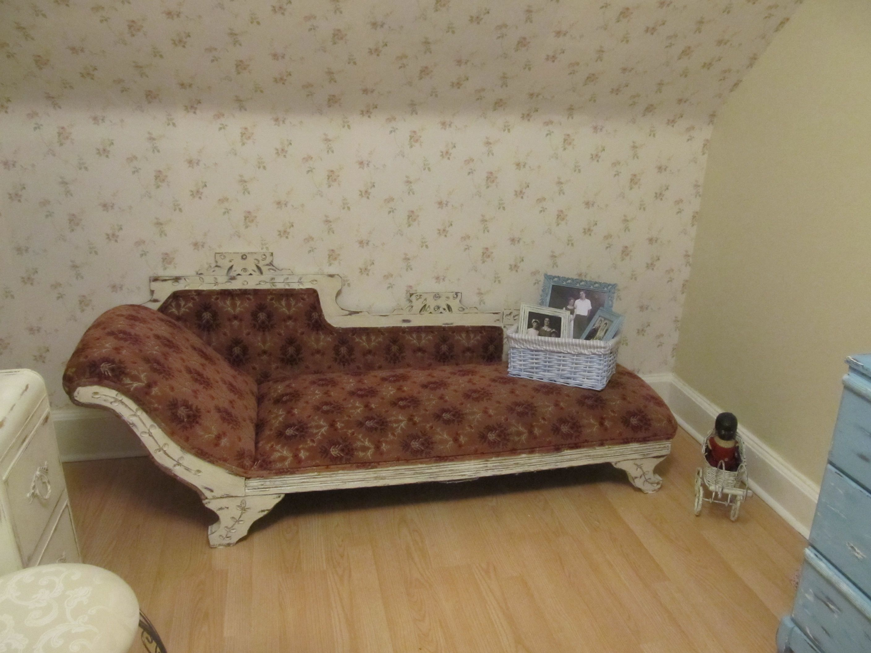 Shabby Chic Fainting Couch