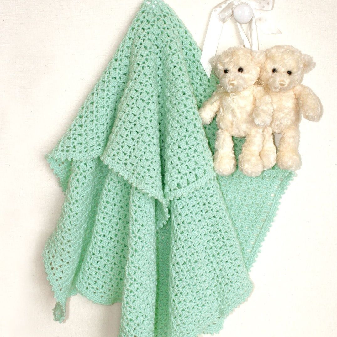 Create a sweet and fast crochet baby blanket with this free pattern ...