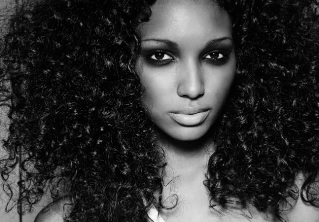 Nice curlz..nice make up...love it