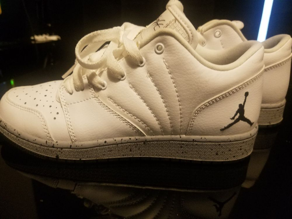 Jordan Shoes - Kids Size 4  Womens Size 6  fashion  clothing  shoes   accessories  kidsclothingshoesaccs  boysshoes (ebay link) 3e8017000