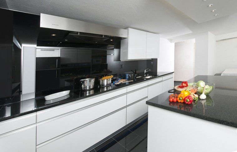 Plan de travail pour cuisine  choisir la bonne couleur - cuisine blanc laque plan travail bois