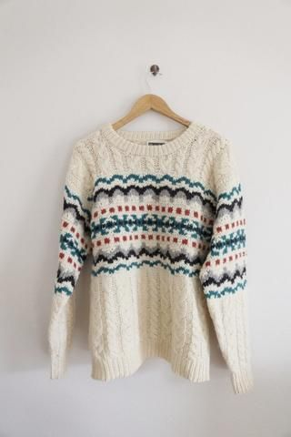 KNITS: Chunky sweater with Nordic print Buy me @ www.abbeyroadvintage.com  #festival #warm #vintage