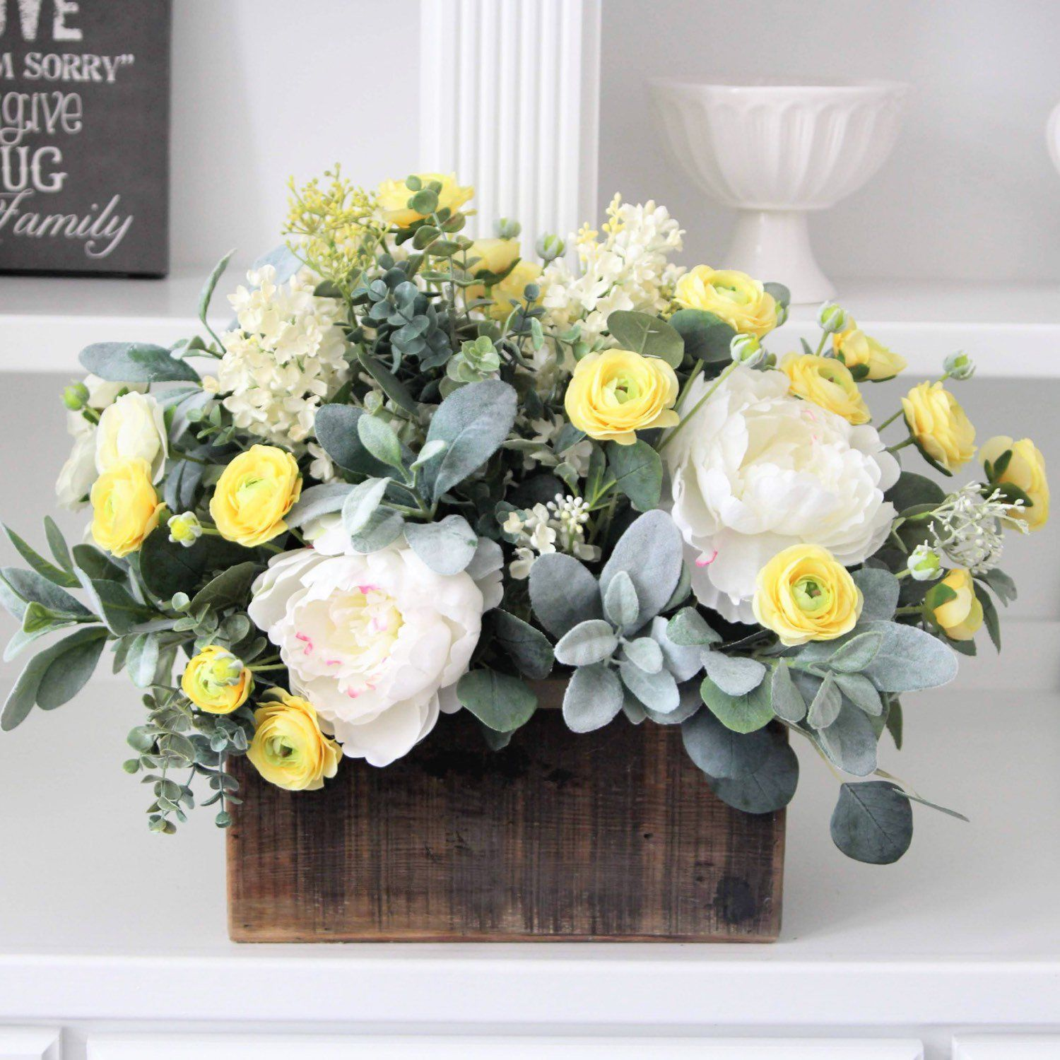 Farmhouse Decor Rustic Arrangement Spring Summer Floral Centerpiece Dining Table Or Kitchen Centerpiece Wood Box Centerpiece Rustic Arrangements Floral Arrangements Diy Floral Centerpieces