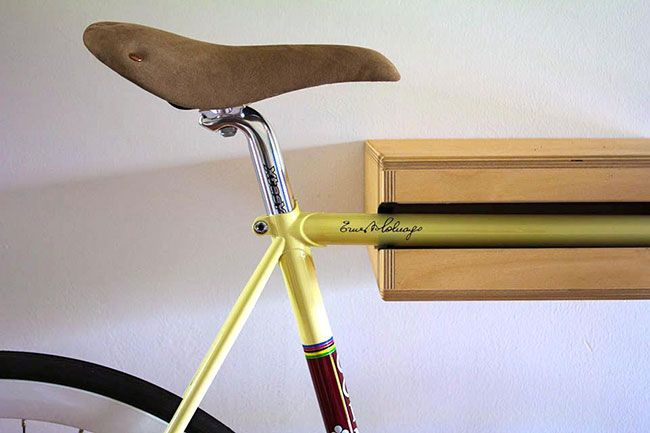 Accroche velo idees petit appartement accueil design et - Support velo appartement ...