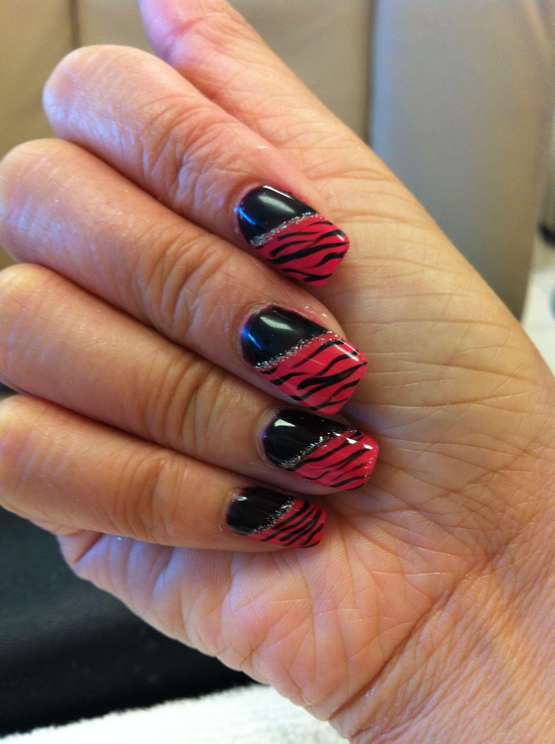 Slash manicure zipra black