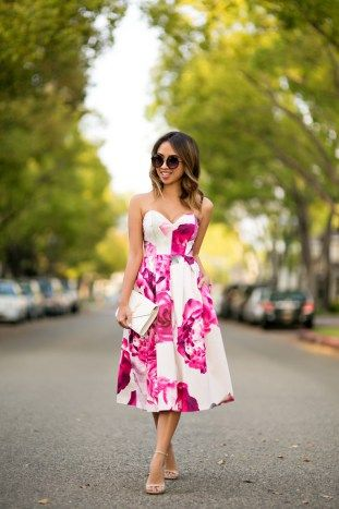 Przeglad Sukienek Na Wesele Cz 2 Sukienki W Kwiaty Wedding Attire Guest Strapless Floral Dress Gorgeous Summer Dresses