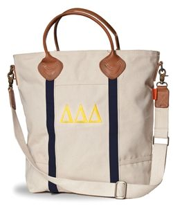 Delta Delta Delta Flight Bag. www.sassysorority.com. #sororitygifts #love #monogram #flightbag #springbreak #gogreek #tridelt #sassysorority #sororitymerchandise #weekender #springbreak