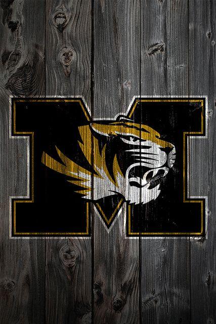 Missouri Tigers Love This Barn Wood Sign Missouri Tigers Mizzou Tigers Mizzou Tigers Football