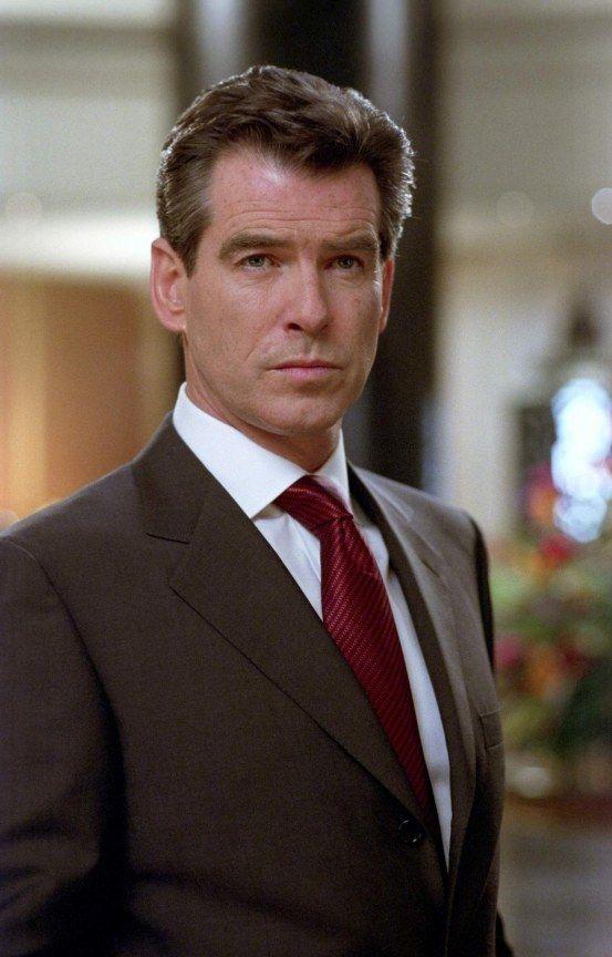 Pierce Brosnan In A Brioni Suit Pierce Brosnan James Bond