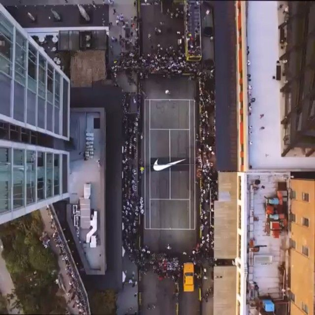 Curbside service.  @nikecourt and @nikenyc shut down the streets of New York for Andre Agassi and Pete Sampras to give the future a history lesson. #stealtheshow