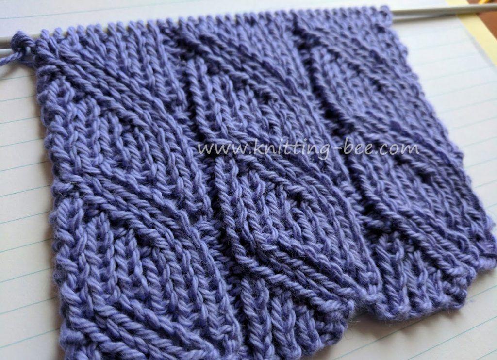 Ribbed Diagonal Lace Free Knitting Stitch | Knitting stitches, Bees ...