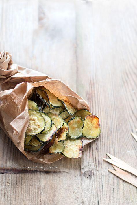 Chips di zucchine croccanti (al forno) Ricetta facile e veloce - zucchini chips
