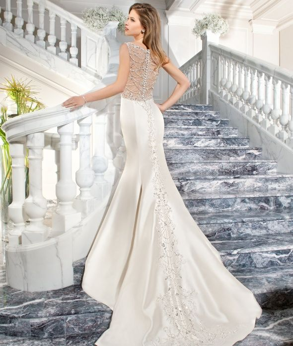 30 Vintage Wedding Dresses You Will Fall In Love Wedding Dresses Vintage Wedding Dresses Gowns Dresses