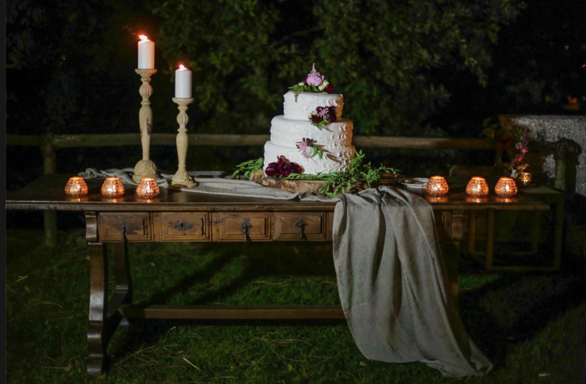 Decoração mesa para corte do bolo.